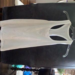 Lululemon Swiftly Tech Razorback size 12 White